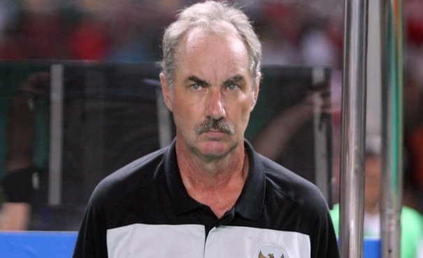 Pelatih tim Senior Indonesia, Alfred Riedl.
