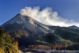 Gunung Marapi.