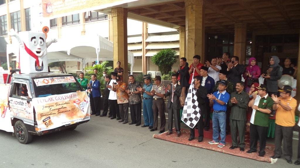 Deklarasi Kampanye damai di Kantor Gubernur Sumatera Barat. FOTO/WAN