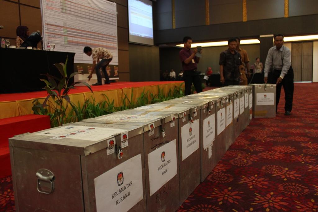 Rapat Pleno Rekapitulasi Suara Pilkada Padang putaran kedua di Hotel Grand Inna Muara, Kota Padang. FOTO/HP