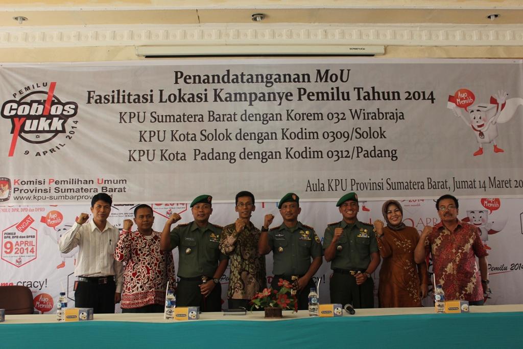 Nota MoU kerjasama peminjaman dua lapangan milik Korem 032 Wirabraja oleh KPU Sumatera Barat untuk fasilitasi lokasi kampanye 2014. FOTO/DR