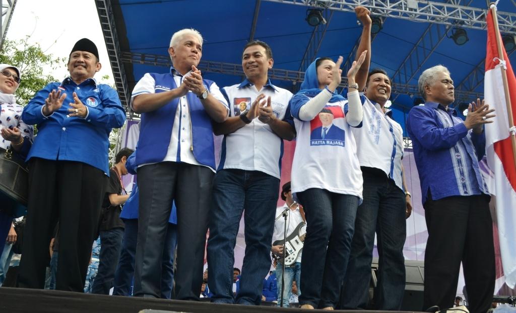 Ketua Umum Hatta Rajasa menjadi juru kampanye PAN Sumatera Barat di GOR. H. Agus Salim Kota Padang. FOTO/CC
