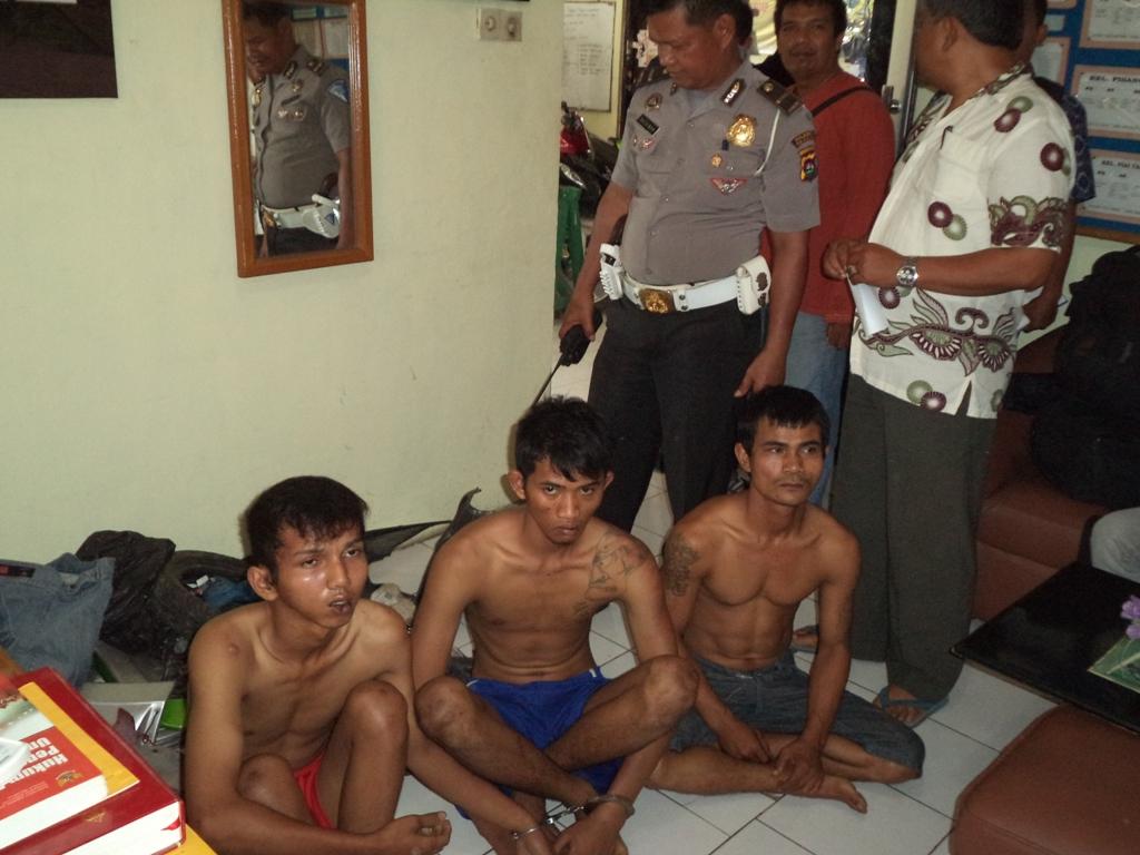 Empat pelaku Curanmor diamankan di Polsek Pauh, Kota Padang. FOTO/IKHWAN