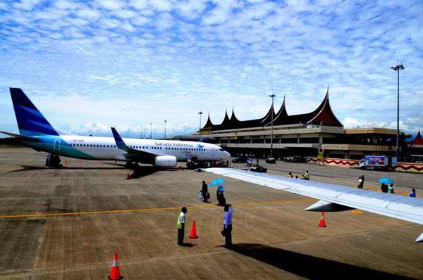 Bandara Internasional Minangkabau.