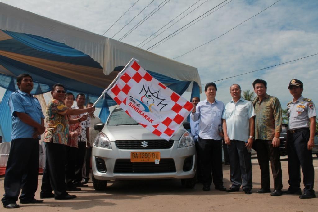 Peluncuran Taksi Express di Kota Padang sekaligus menjadi Sponsor ajang bergengsi Tour de Singkarak 2014. FOTO/GS