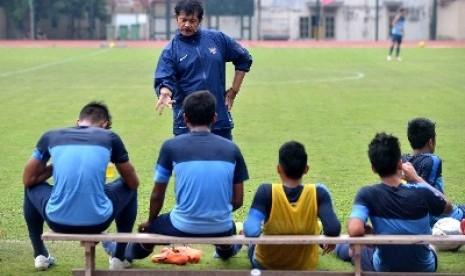 Pelatih timnas U-19, Indra Sjafri. Foto : Republika