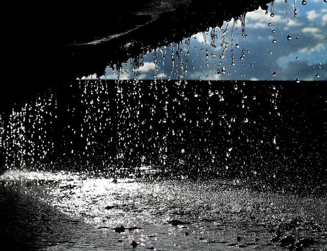 Ilustrasi Hujan Turun Foto: flickr.com
