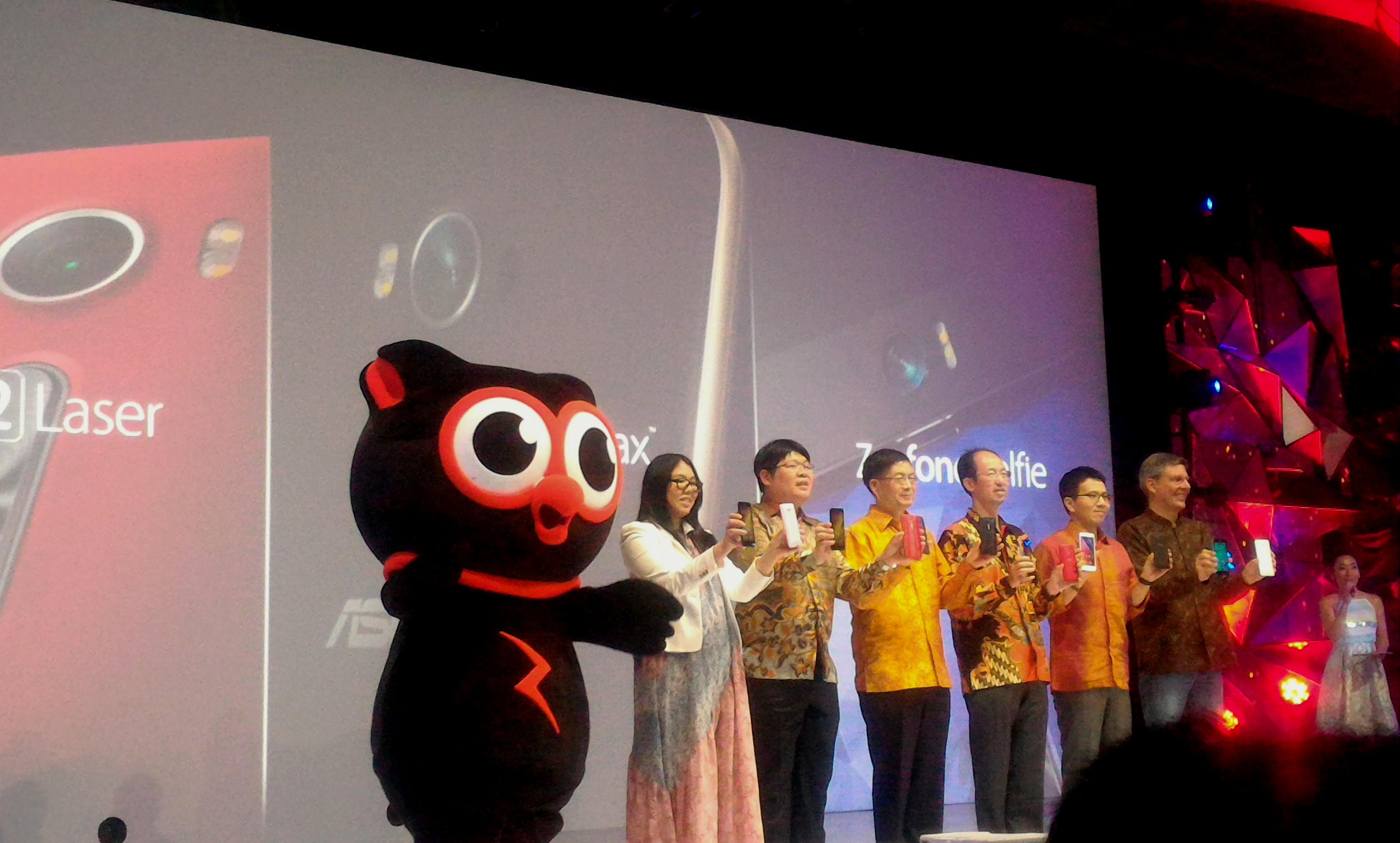 Peluncuran Empat Varian Asus Zenfone pada Asus Zen Festival Indonesia 2015 di Ritz Carlton Pacific Palace, Jakarta, Kamis (19/11/2015). Foto : Ikhwan