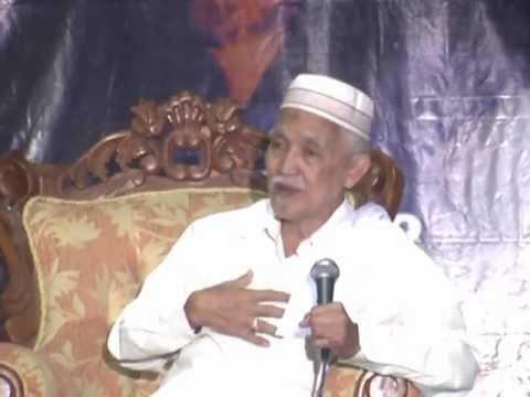 Ketua Dewan Syuro DPP PKB, KH Muhammad Abdul Aziz Mansyur.